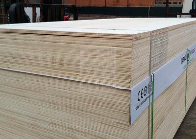 Gran estoc permanent de fusta als nostres magatzems, Emabalatges Sanfeliu